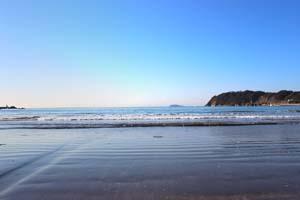 青空と海・波の写真