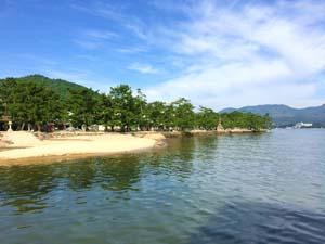 宮島(厳島)の砂浜の写真