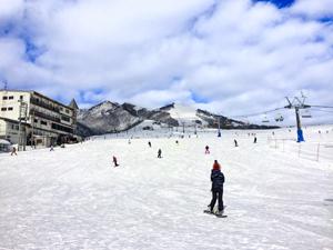 岩原スキー場中腹からの写真