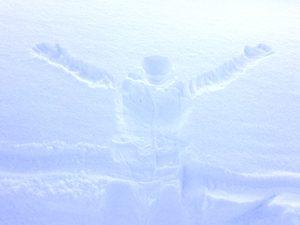 雪に残った人型の写真[Photo10245]